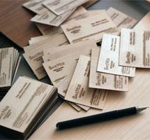 carti vizita din lemn